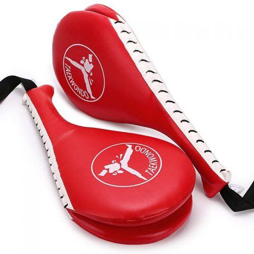 manopla entrenamiento de patadas en taekwondo